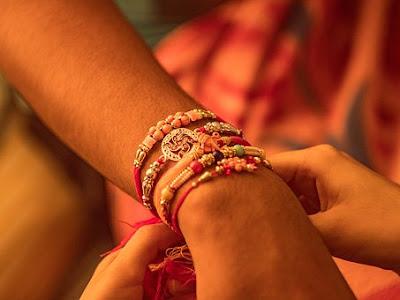 रक्षाबंधन कब है, रक्षाबंधन पर निबंध, रक्षाबंधन क्यों मनाया जाता है, Festivals,