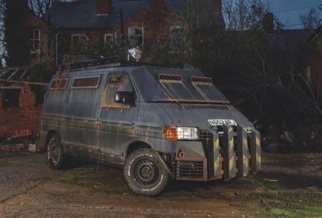 Zombie Apocalypse Tactical VW T4 Van by Stardubs