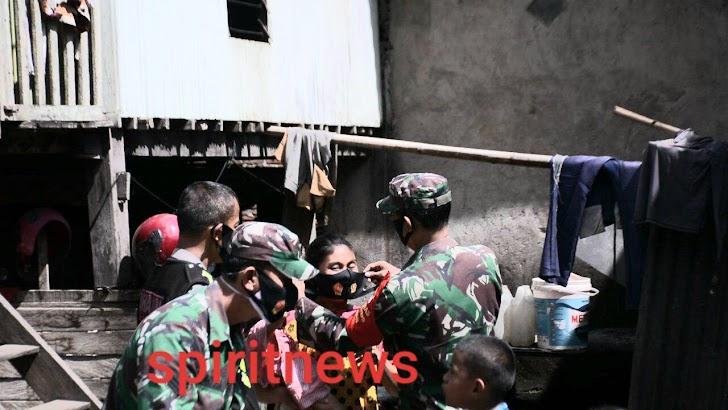 Pendam Hasanuddin, TNI Polri Keliling Ingatkan Warga Selalu Waspada Penyebaran Covid-19