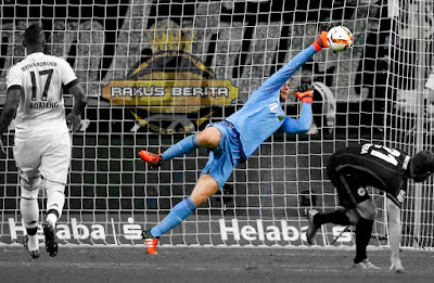 Manuel Neuer Menjadi Kiper Nomor Satu Ditahun 2016 Versi IFFHS