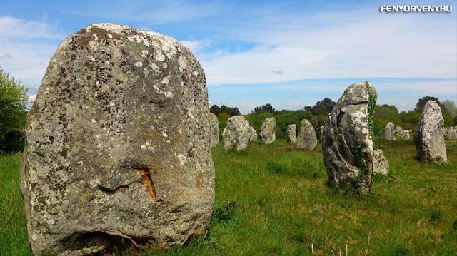 A Carnacia rejtélyes kövek