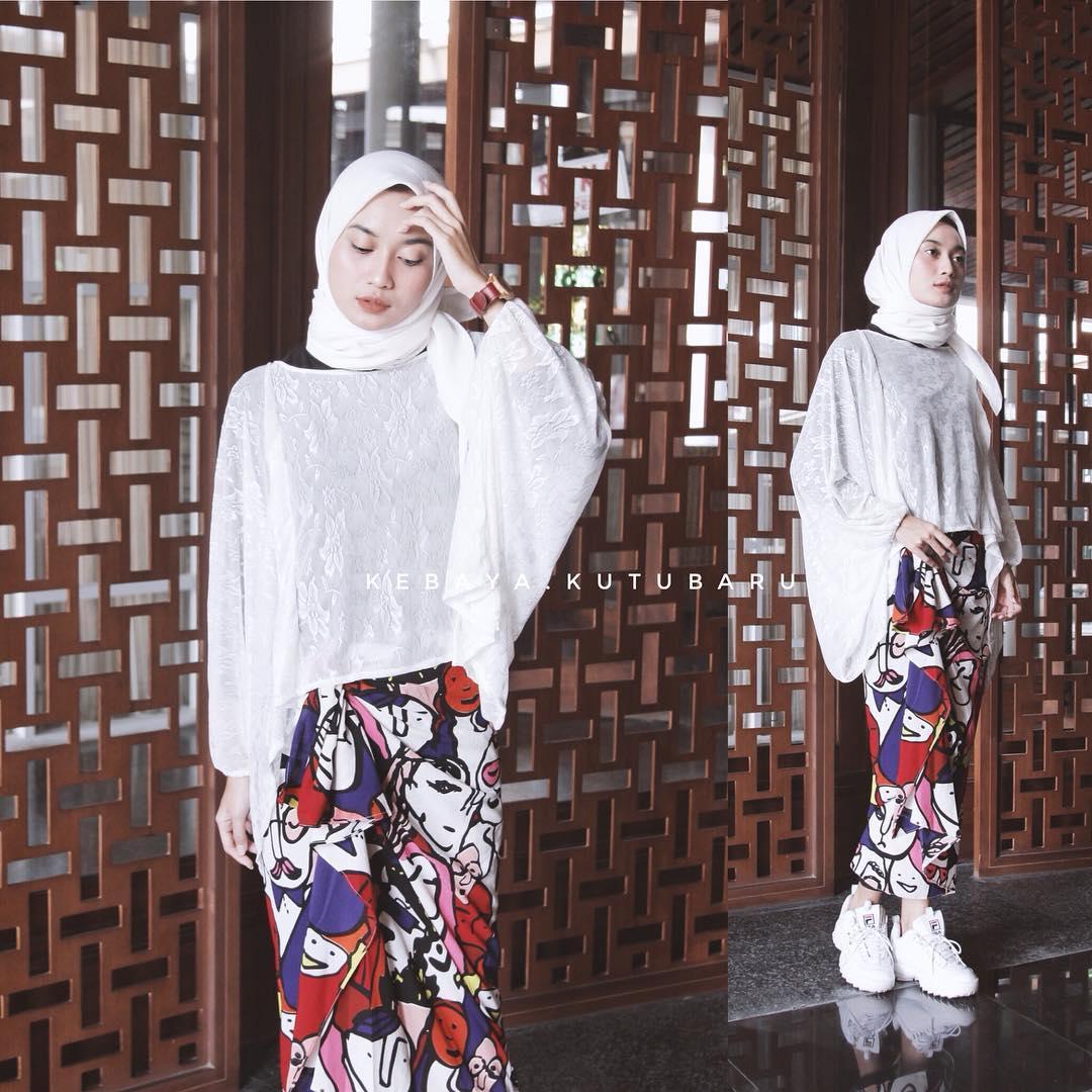 41 Model Kebaya Kutu Baru Brokat Modern Update – Model Baju