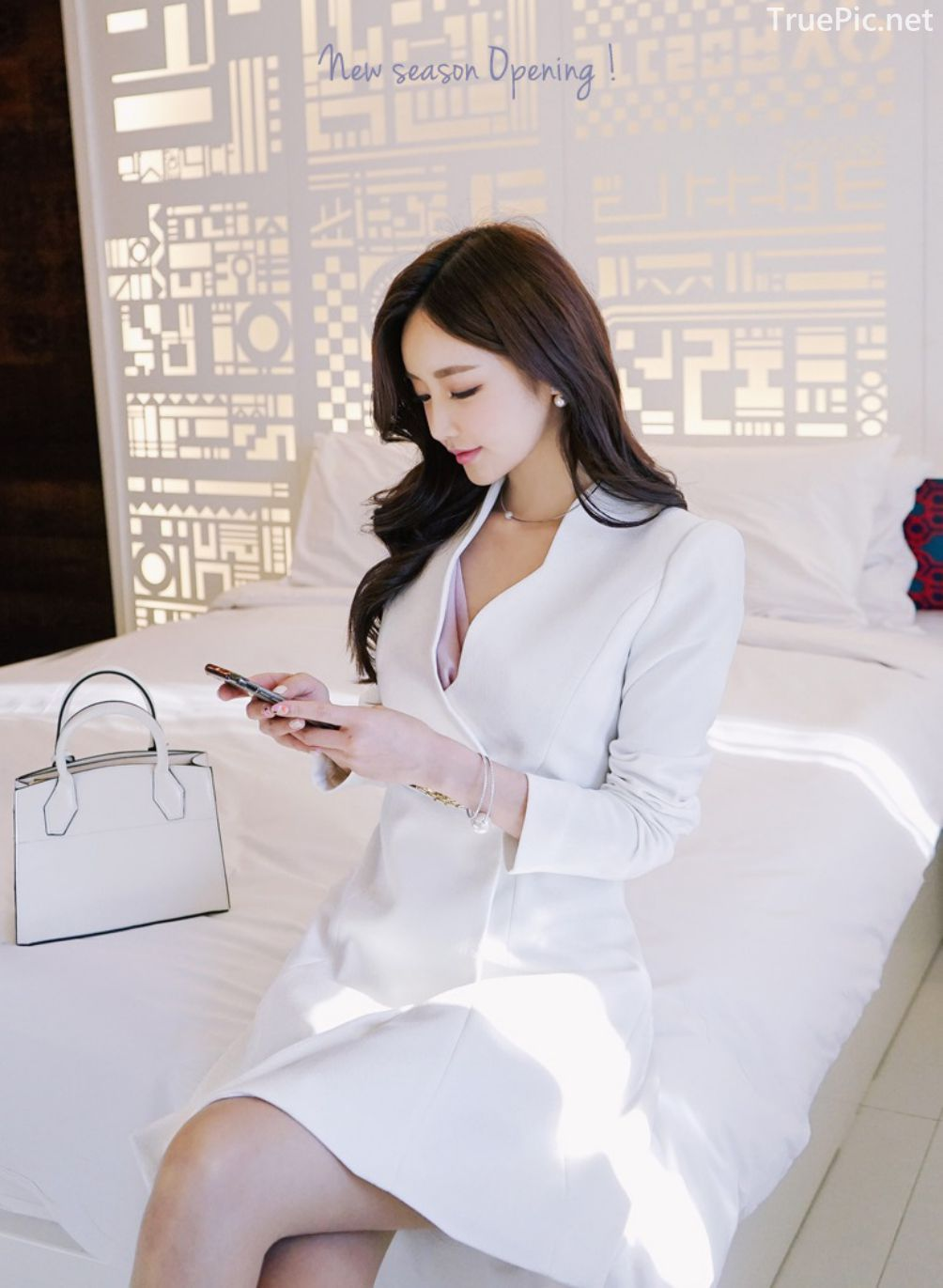 Son-Yoon-Joo-beautiful-photos-Indoor-Photoshoot-Collection-Korean-Fashion-and-Model-TruePic.net- Picture 10