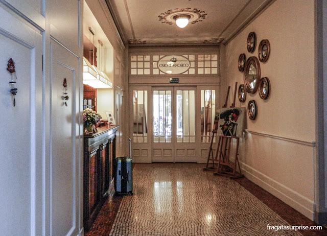 Recepção do Hotel Corona d'Oro, no Centro Histórico de Bolonha