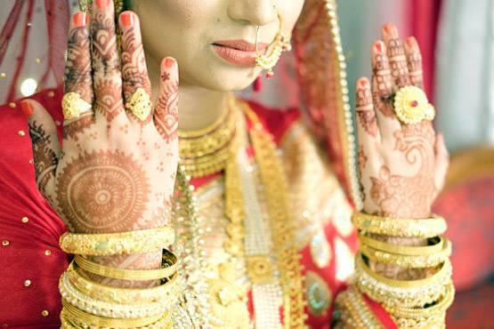 शादी के लिए गरीब लड़कियों के नंबर चाहिए