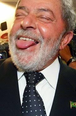 JOSÉ PEDRIALI: Lula, o bebum, chama Aécio de bêbado. Hic!