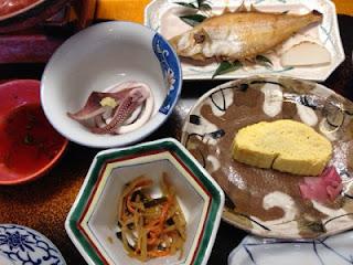 i piattini che compongono la colazione tradizionale