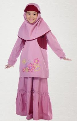 busana muslim anak perempuan berhijab