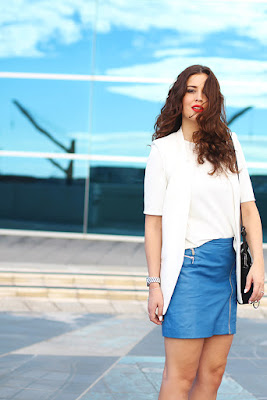 OOTD manis Fashion A LIne Skirt dengan Gilit Atasa Putih