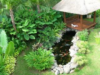 Semua orang pasti ingin memiliki rumah yang asri dan nyaman 30 Desain Taman Dalam Rumah Segar Cantik dan Eksotis