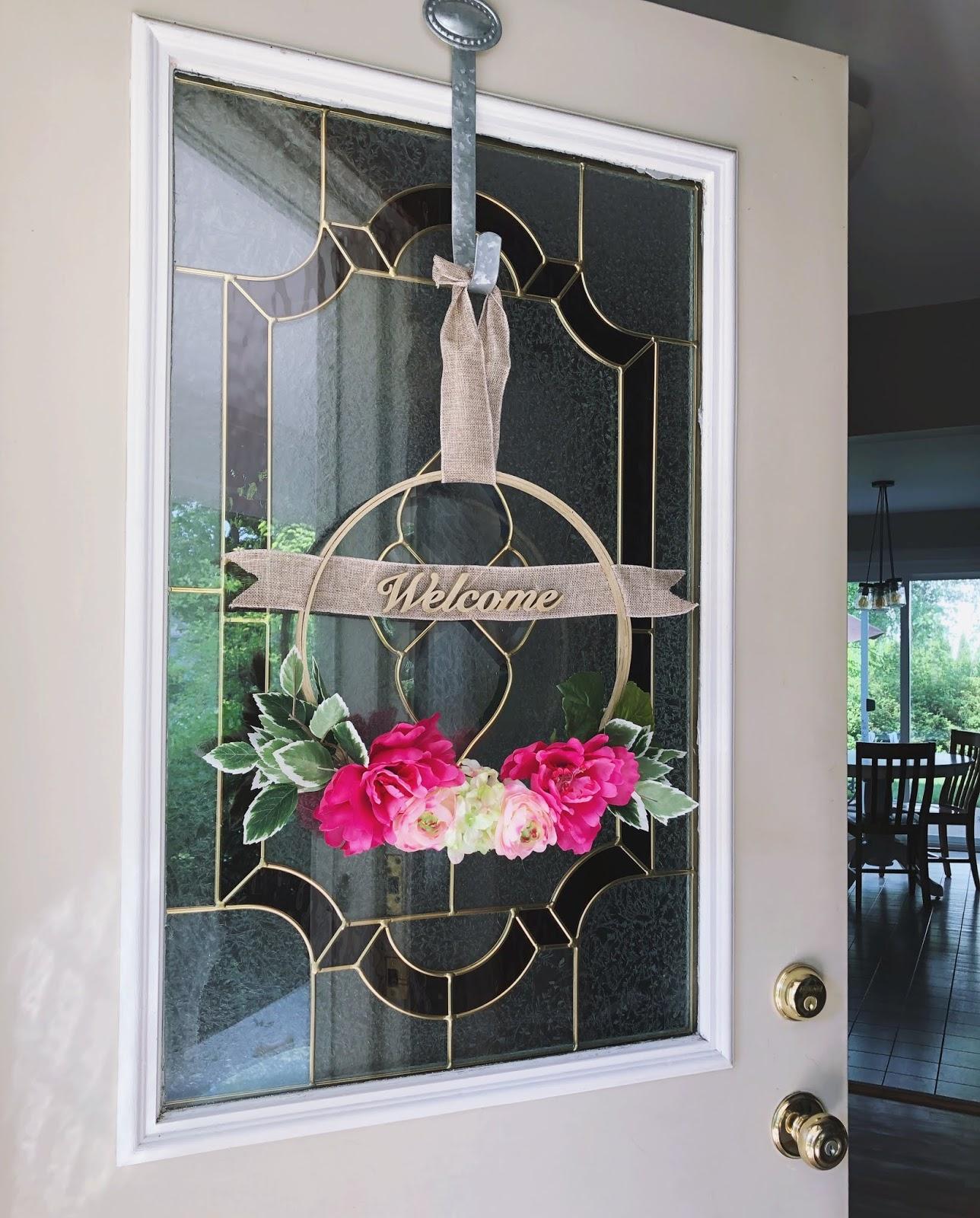 Easy Spring Floral Hoop Wreath Tutorial