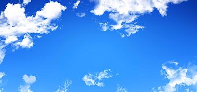 Gambar pemandangan langit biru