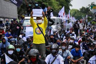 Demo Mahasiswa Rentan Menularkan Covid