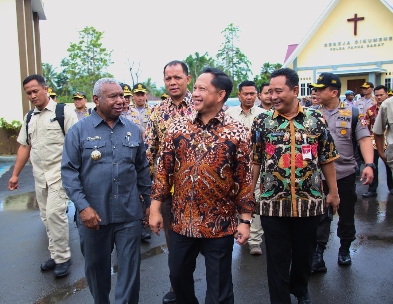 Baru Dilantik Mendagri Ke Papua Dampingi Presiden Jokowi