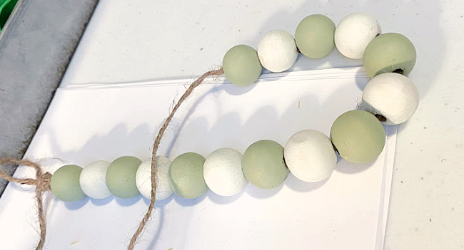 green and white beaded garland