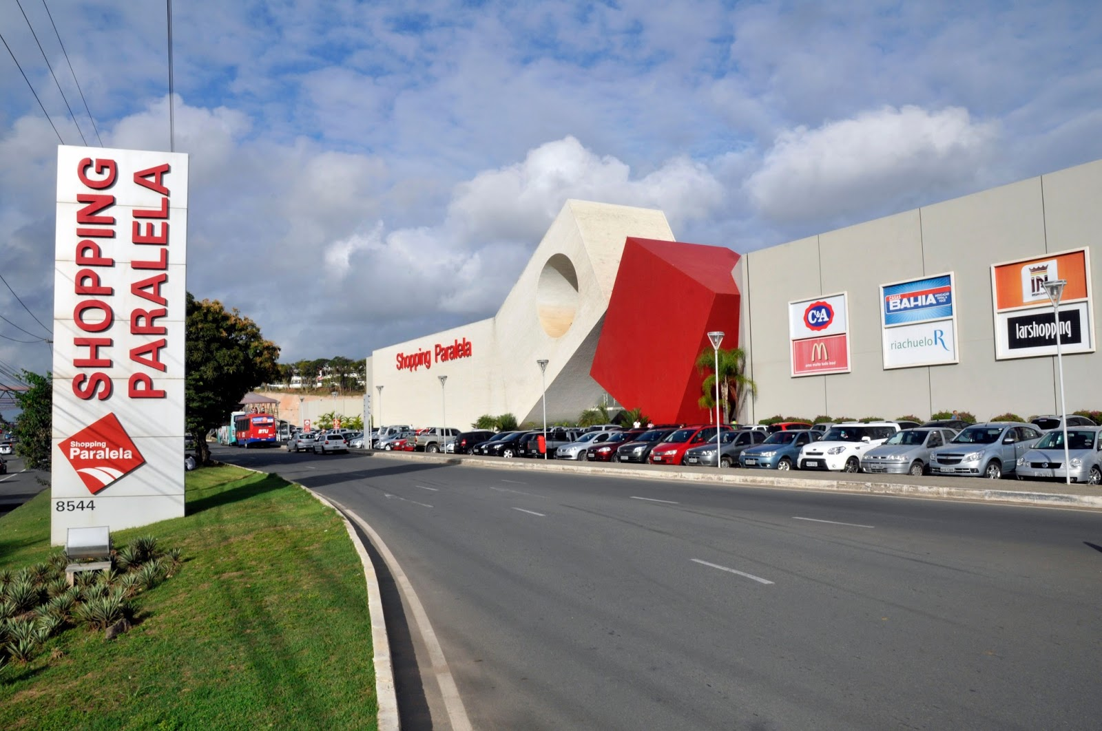 Resultado de imagem para shopping paralela fachada
