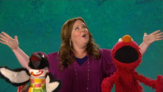 Elmo introduces Melisa McCarthy to a penguin choreographer that is the word on the Street. celebrity. Sesame Street Episode 4321 Lifting Snuffy season 43