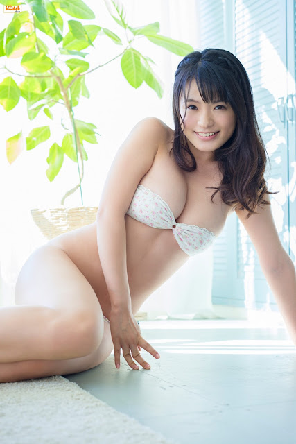 星名美津紀 Hoshina Mizuki Bomb TV Images 14