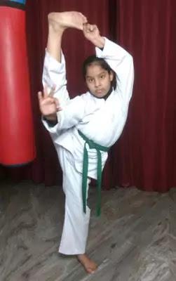 Green Belt Karate Meaning in Hindi. जानिए कराटे में हरी बेल्ट का मतलब।