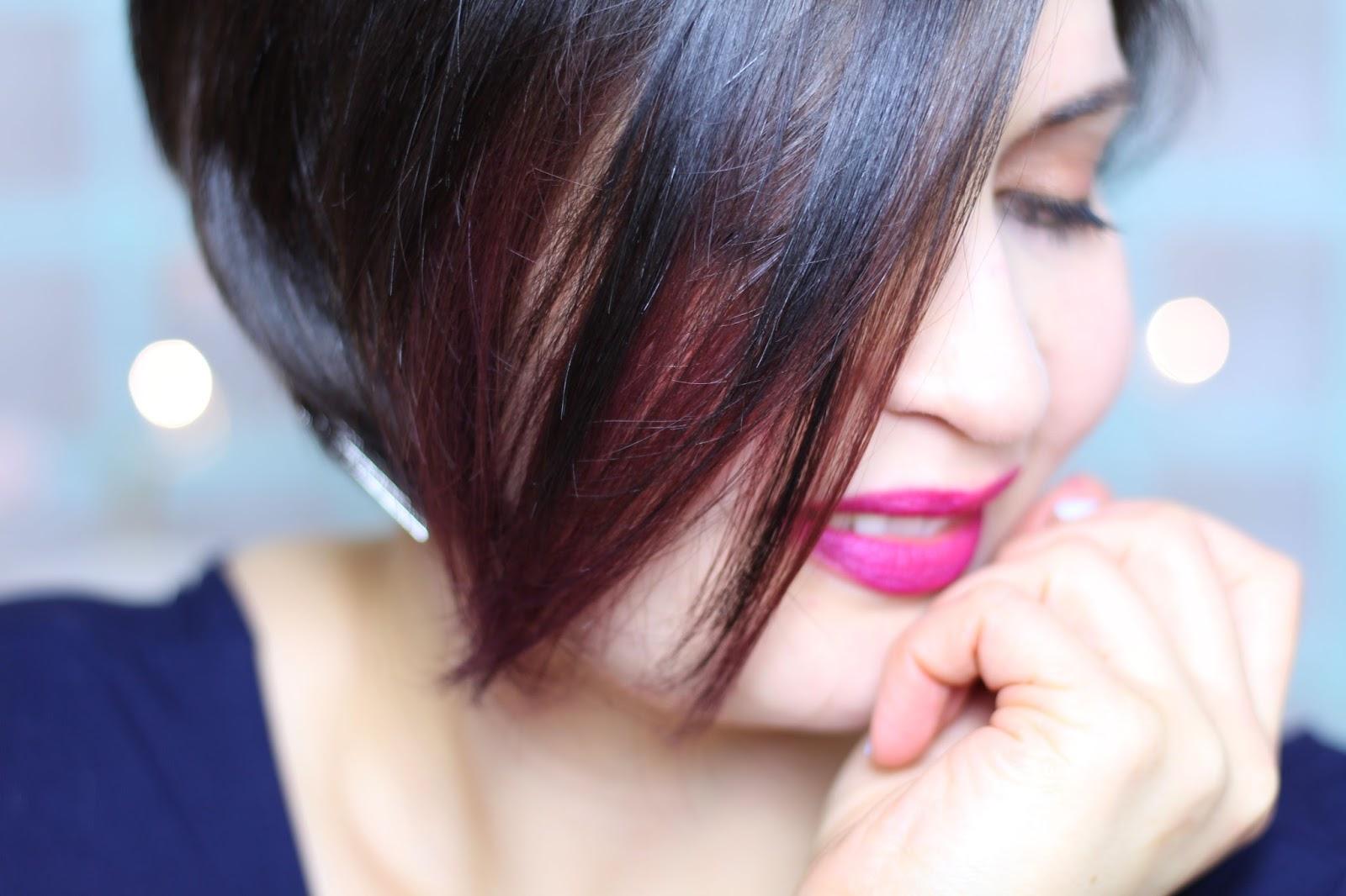Les Garçons dans le salon Purple Hair