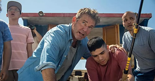 """""""O Milagre Azul"""": Novo filme cristão da Netflix destaca a bênção da paternidade"""