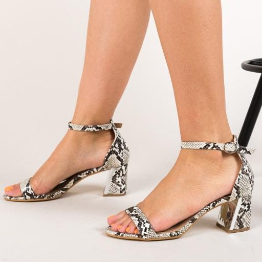 Sandale cu snake print negre cu alb si toc gros
