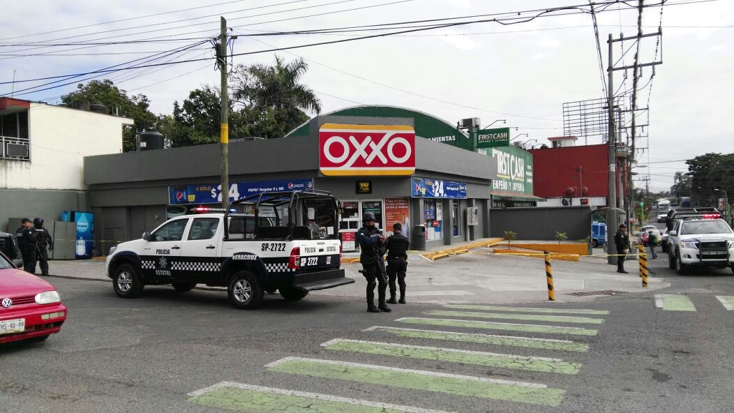Lo ejecutan al interior de un OXXO en Fortín, Veracruz