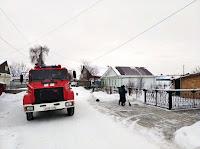 огнеборцы в ежедневном режиме осуществляют подворовые обходы.