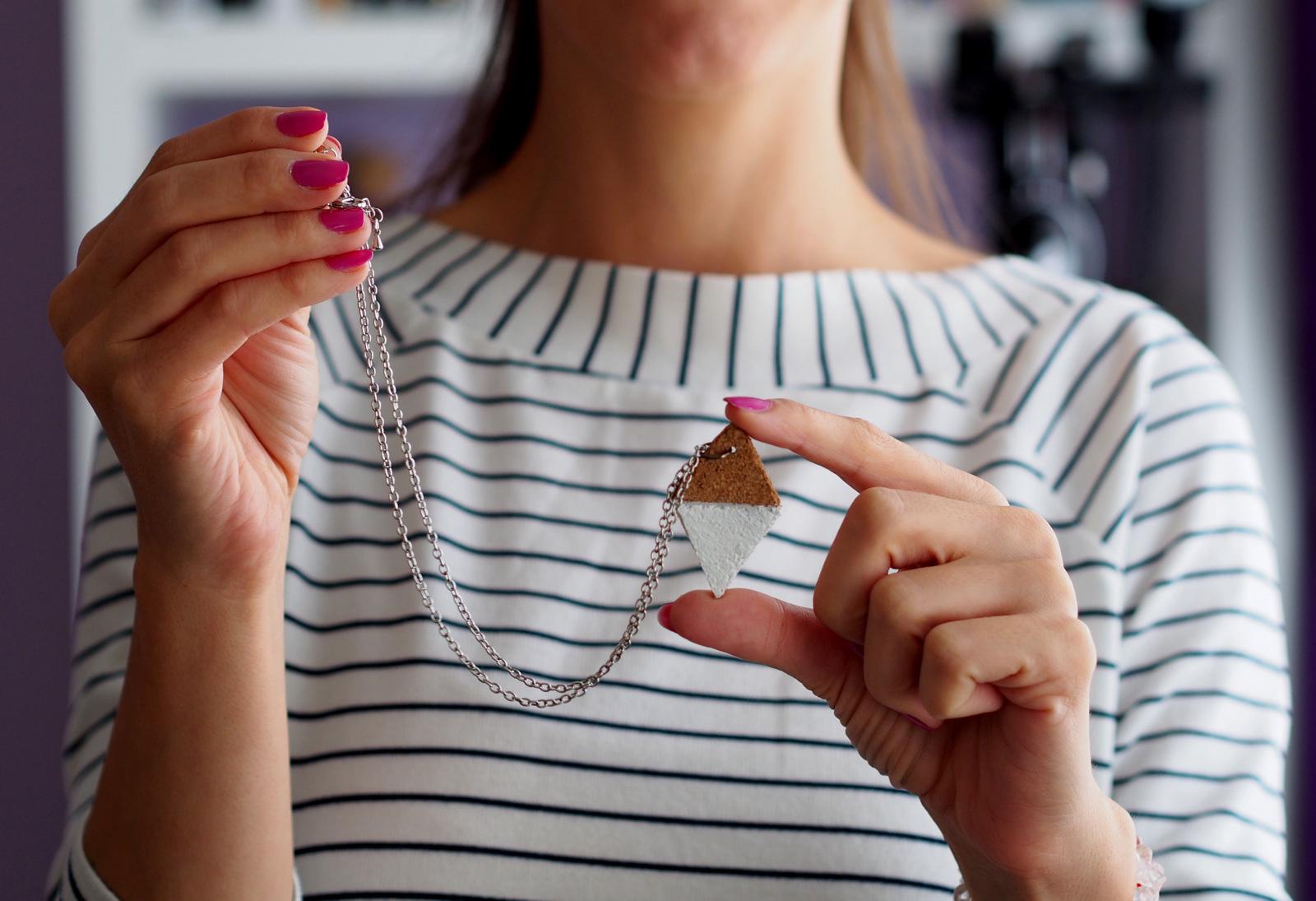 DIY: vyrobte si náhrdelník z korku // originálny trendy kúsok na každý deň