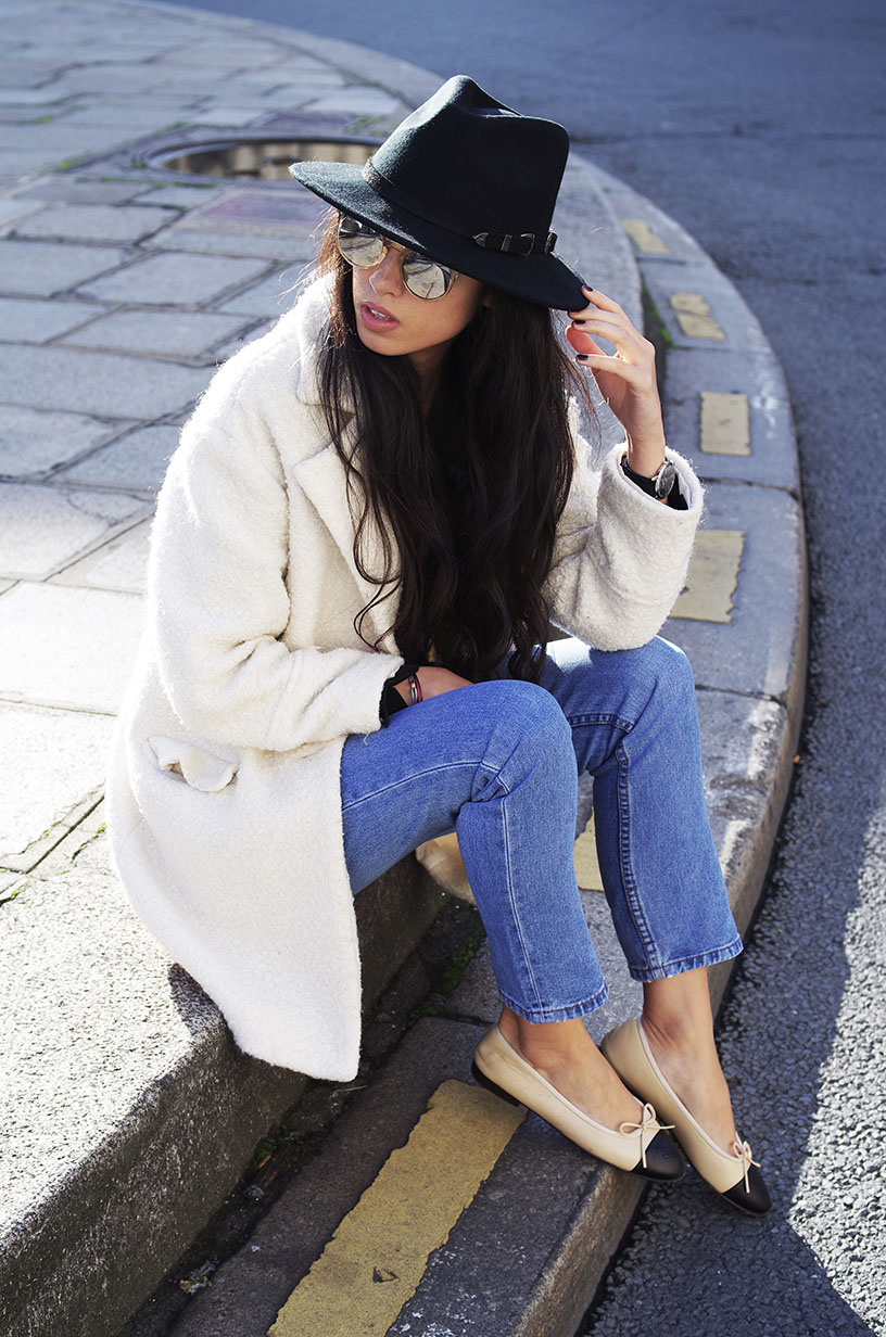 Elizabeth l Casual chic denim outfit l New Look Chanel Asos l THEDEETSONE l http://thedeetsone.blogspot.fr