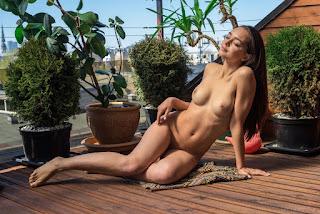 twerking girl - slava_20_13776_3.jpg