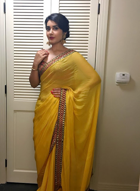 Raashi Khanna latest Saree HD Stills
