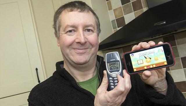 dave mitchell nokia 3310 iphone