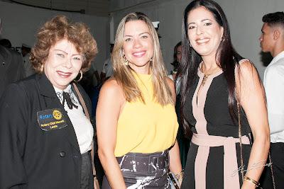 https://www.hugotaques.com/2019/08/coluna-em-foco-jornal-primeira-edicao_63.html