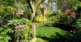 Ann Britt garden