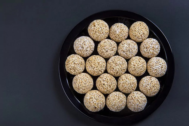 Til Ladoo Recipe in Hindi