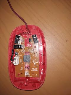 bersihkan mouse yang susah di klik