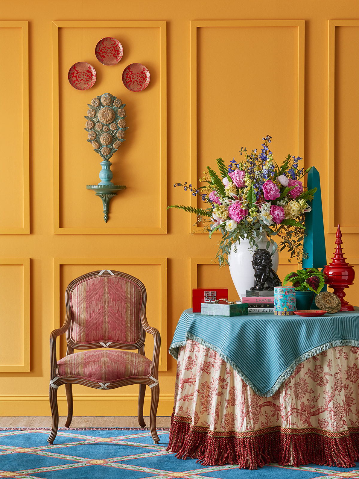 vibrant gold painted walls
