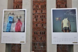 wystawa kalendarz buszując w głowie paweł bajew