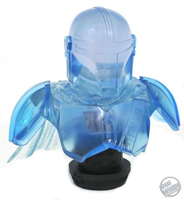 San Diego 2021 Diamond Select Star Wars The Mandalorian (Hologram) Legends in 3D half  Scale Bust