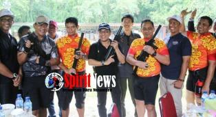 Anggota DPR – RI Ikut Latihan Menembak Bersama Kapolda Muktiono