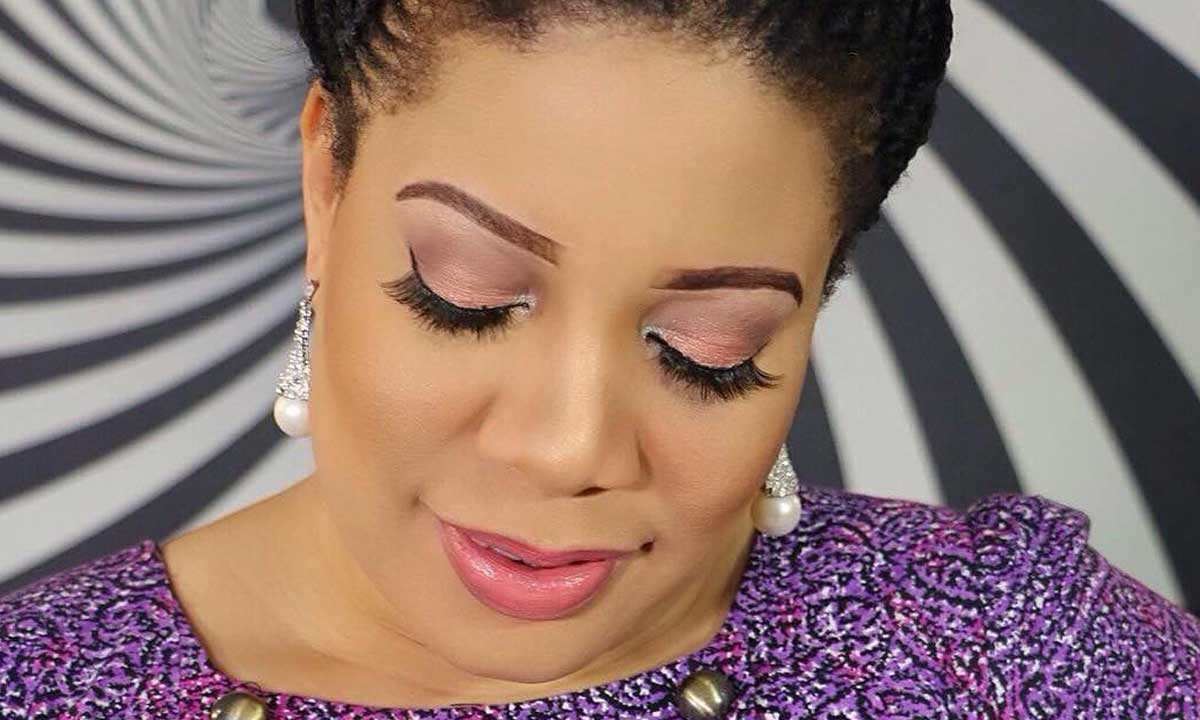Nollywood actress, Monalisa Chinda, whose marriage to the Question Mark label boss, Dejo Richards, crashed about seven years ago, over claims of domestic violence, has again walked down the aisle on Thursday, September 1, 2016 in Grecian fairy tale wedding.  Nollywood actress, Monalisa Chinda, wedding anniversary, Victor Tonye, celebrity wedding