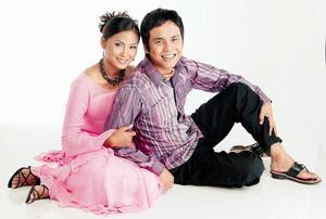 Achik feat. Siti Nordiana - Memori Berkasih MP3