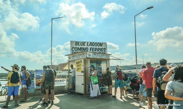 Terminal de lanchas para a Lagoa Azul, no Porto de Ċirkewwa, Malta