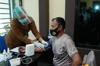 Vaksinasi Covid-19 Perdana di Tebingtinggi, Kapolres: Masyarakat Tidak Usah Takut