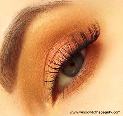 Lillie rzęsy makijaż