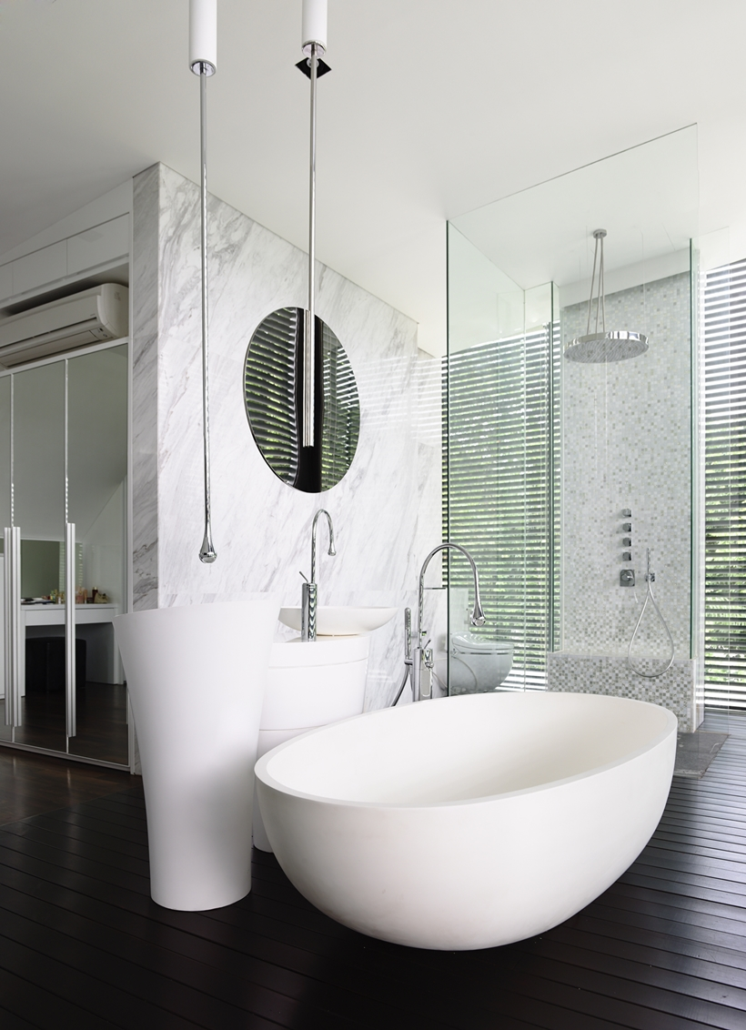 Bathroom in an Impressive dream home in Singapore by a-dlab