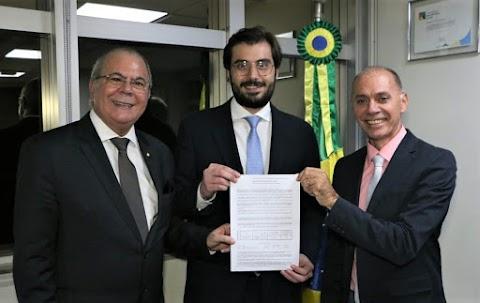 Hildo Rocha consegue liberação de recursos para conclusão de creche em Esperantinópolis que estava paralisada há sete anos
