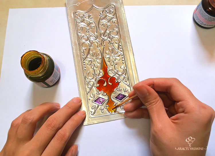 2 formas pintar el repujado aluminio con pinturas vitrales facil