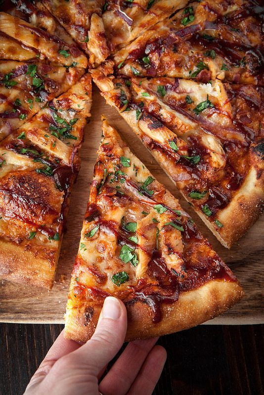 """Barbecue Chicken Pizza with Homemade """"Sweet Baby Ray's"""" Sauce #recipes #pizza #pizzarecipe #food #foodporn #healthy #yummy #instafood #foodie #delicious #dinner #breakfast #dessert #lunch #vegan #cake #eatclean #homemade #diet #healthyfood #cleaneating #foodstagram"""